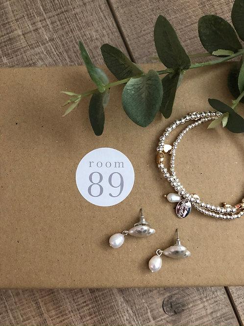 Pretty as a Pearl Gift Box