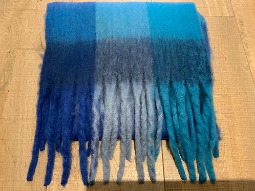 Chunky Knit Blue Scarf
