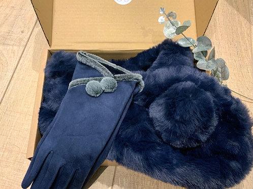 Navy Pom Set Gift Box