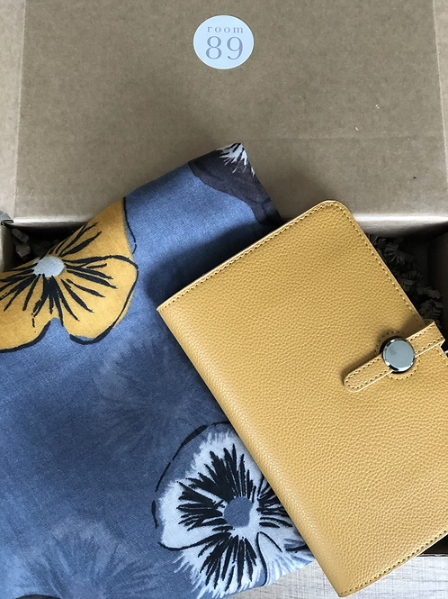 Pansy Gift Box