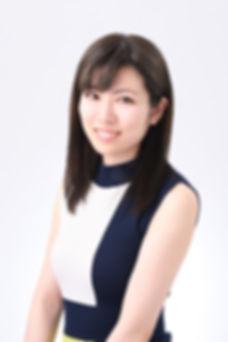 【鈴木千景】宣材社員/バストアップ.JPG