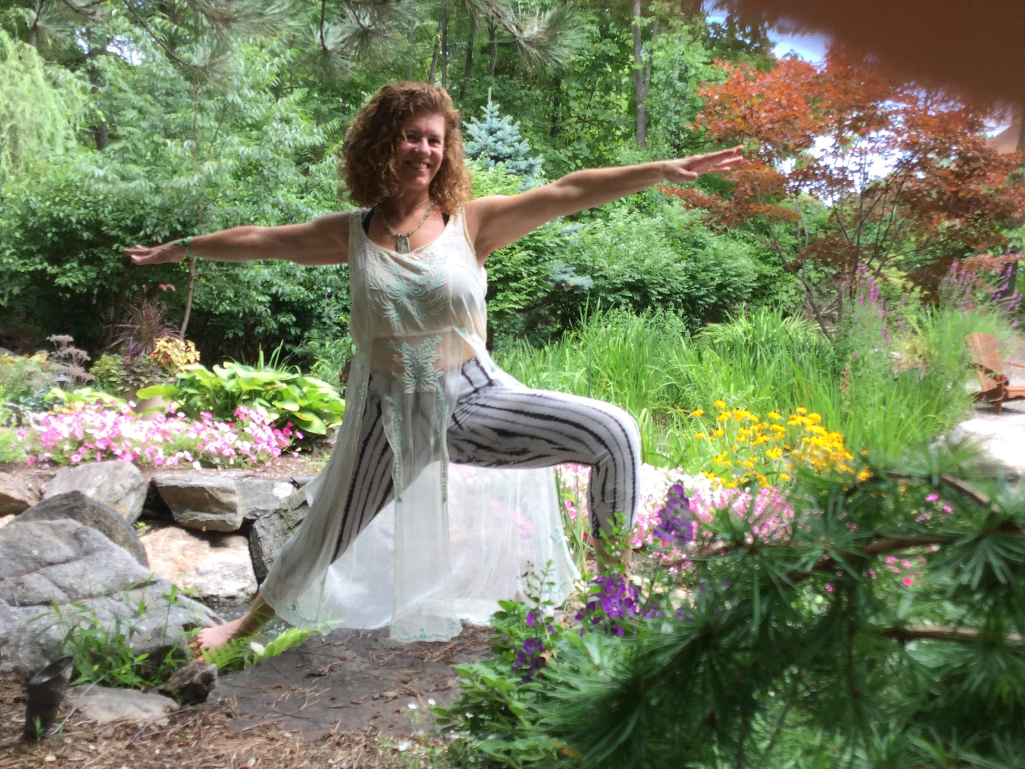 Foundation Yoga with Lisbeth