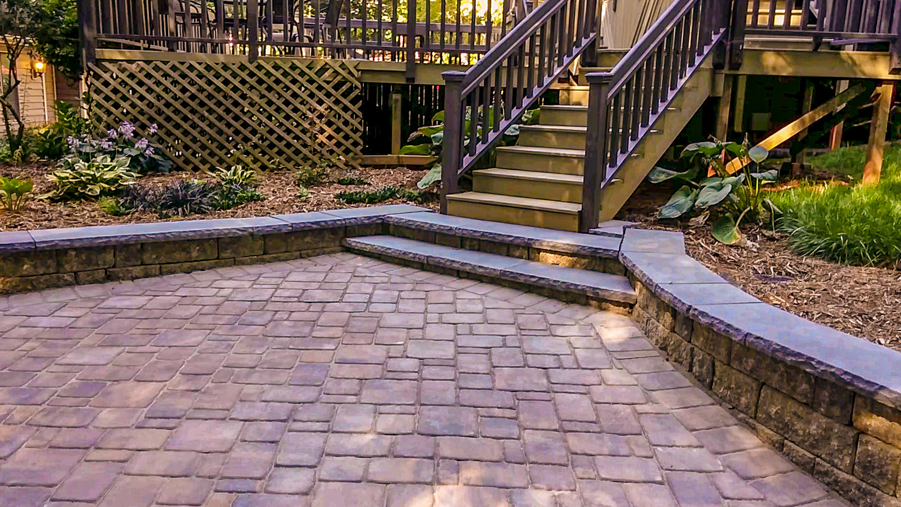 Belgard 3 Piece Pavers w/Wall