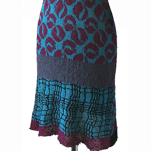 5 Patterned Mid Skirt