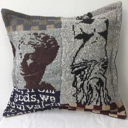 Artknit Classic Cushion - Venus de Milo