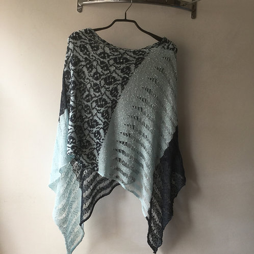 Drop Stitch Poncho with Pattern
