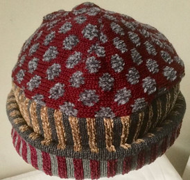Knitted wool hat - Gray & Wine2.jpg