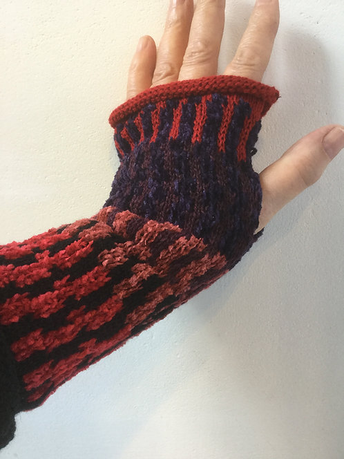Wool Chenille Red Multi Mitts