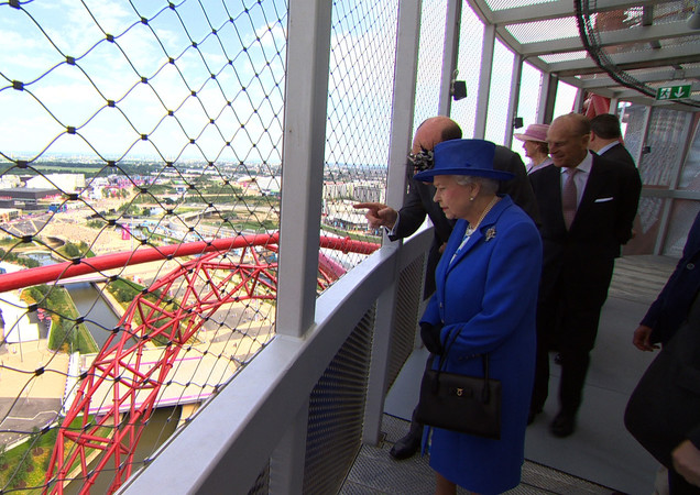 Her Majesty at The Orbit Tower