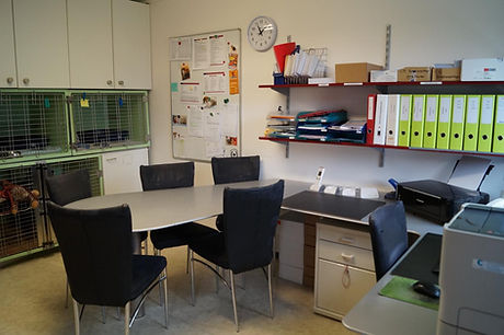 Büro_mit_Boxen.jpg