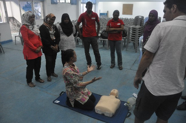 'Teach the teacher' CPR Program