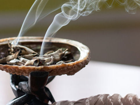 Home Smudging ~ Space Clearing
