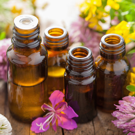 12-Top-Essential-Oils-their-uses.jpg