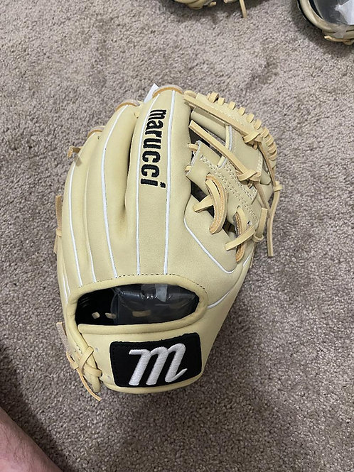 Marucci Ascension Series 11.5 IN Glove for Right Handed Thrower