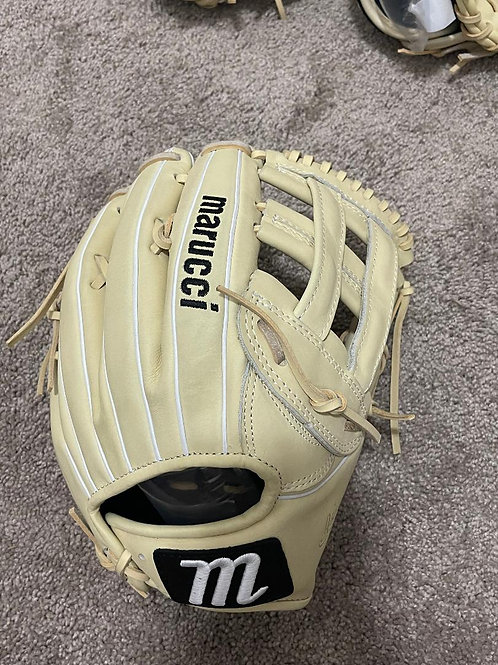 Marucci Ascension Series 12.5 IN Glove for Right Handed Thrower