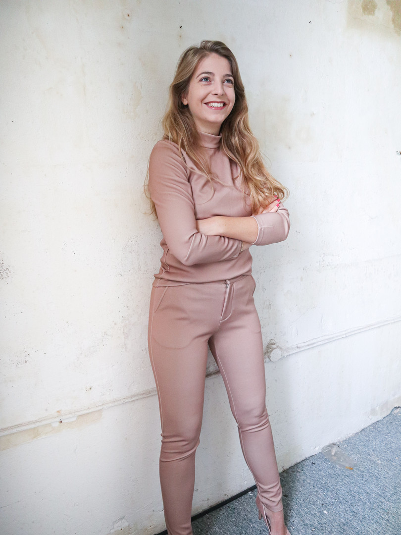 durable Travel fabric trousers and top champagne
