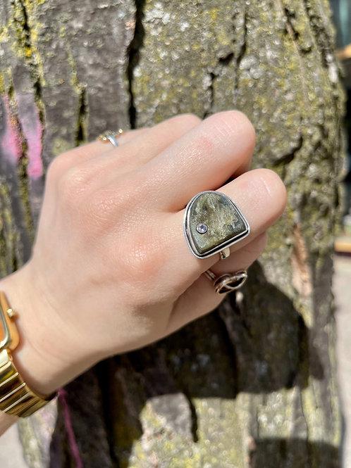 Raw Magic Labradorite Ring
