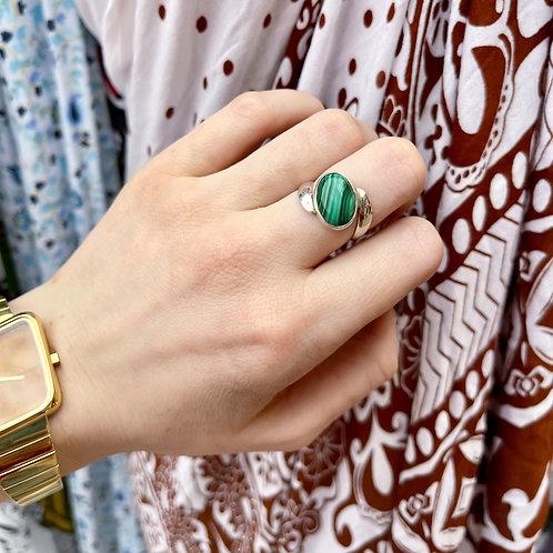 Malachite in Movement Ring