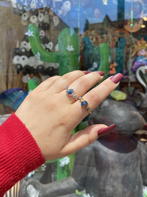 Sapphire in the Rough Ring