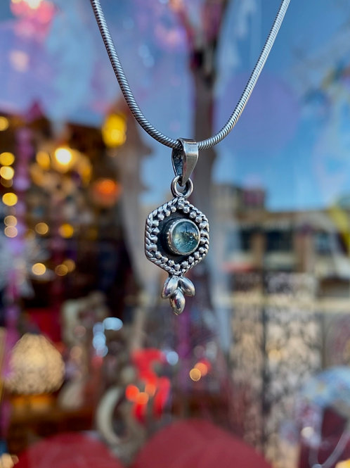 Delightful Aquamarine Pendant