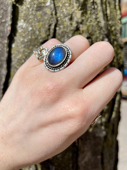Psychic Charge Labradorite Ring