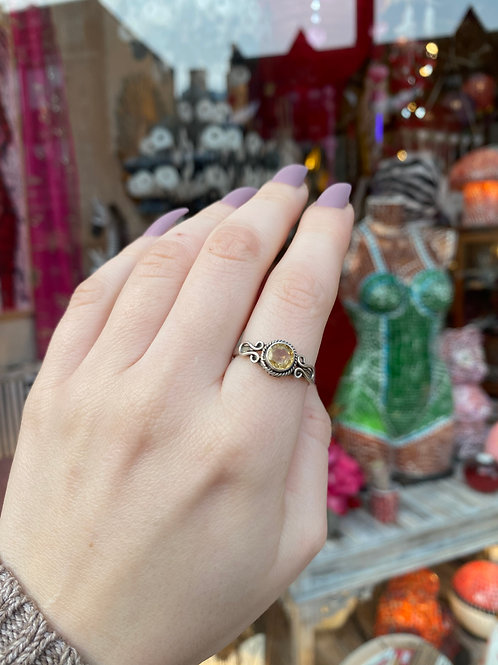Dainty Detailed Citrine Ring