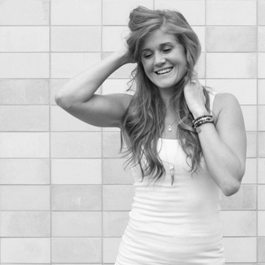 Lindsey-Bomgren-2-800x588_edited.jpg