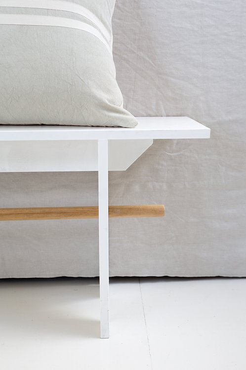 Classic Bench - White with dowel