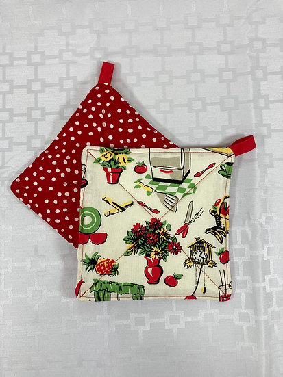 Retro Kitchen Red Dots Potholders