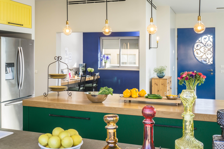 תכנון חדר עבודה פתוח למטבח