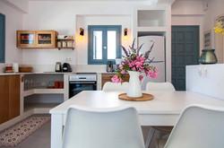 עיצוב-מטבח-וילת-נופש-יוון-סיגל-סיוון-ידו
