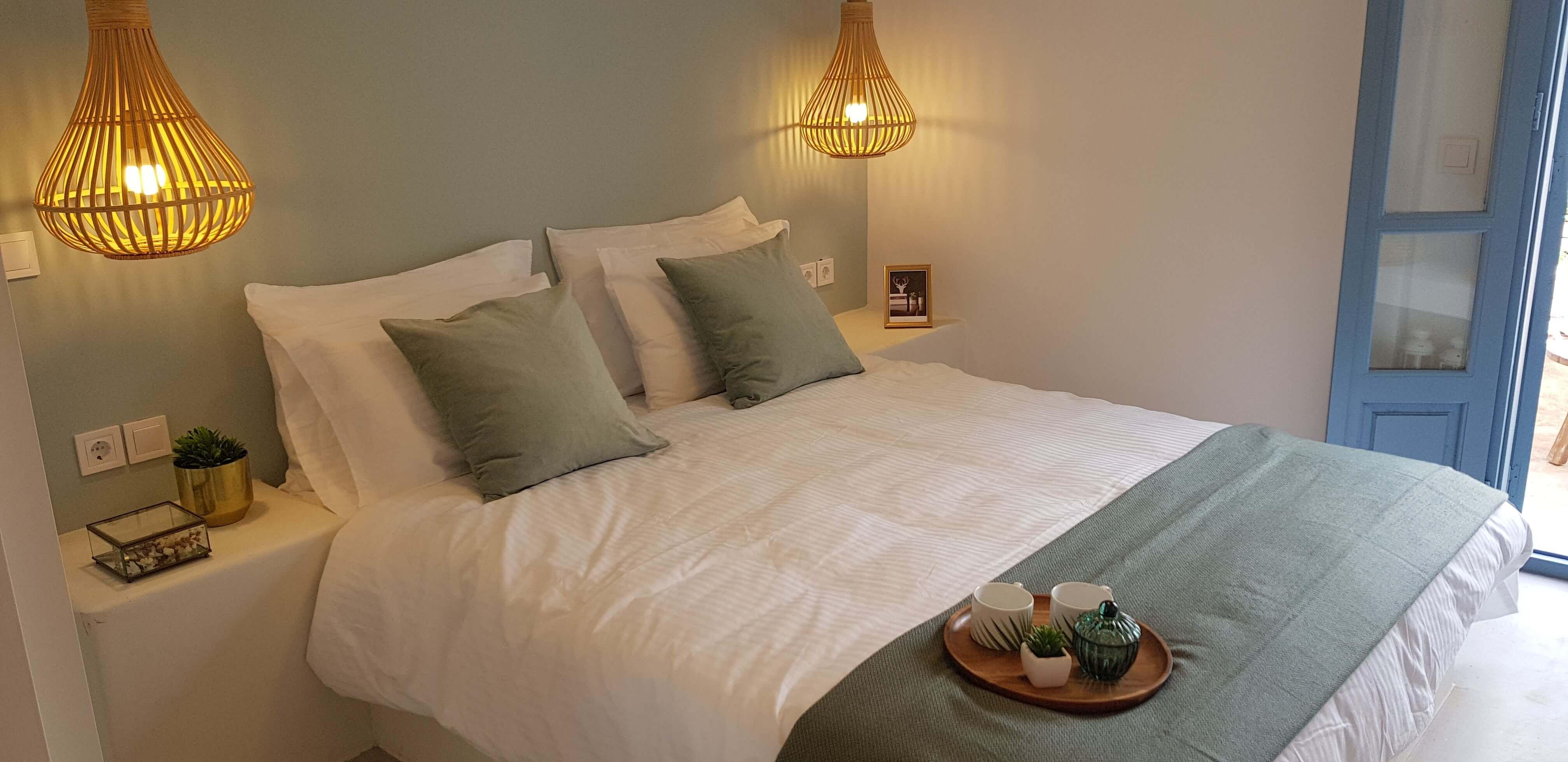 עיצוב חדר שינה צבע מנטה