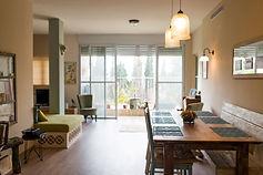 עיצוב דירה מרחב פתוח פ.אוכל ופ.ישיבה
