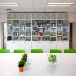 עיצוב ספרייה בירוק וכחול
