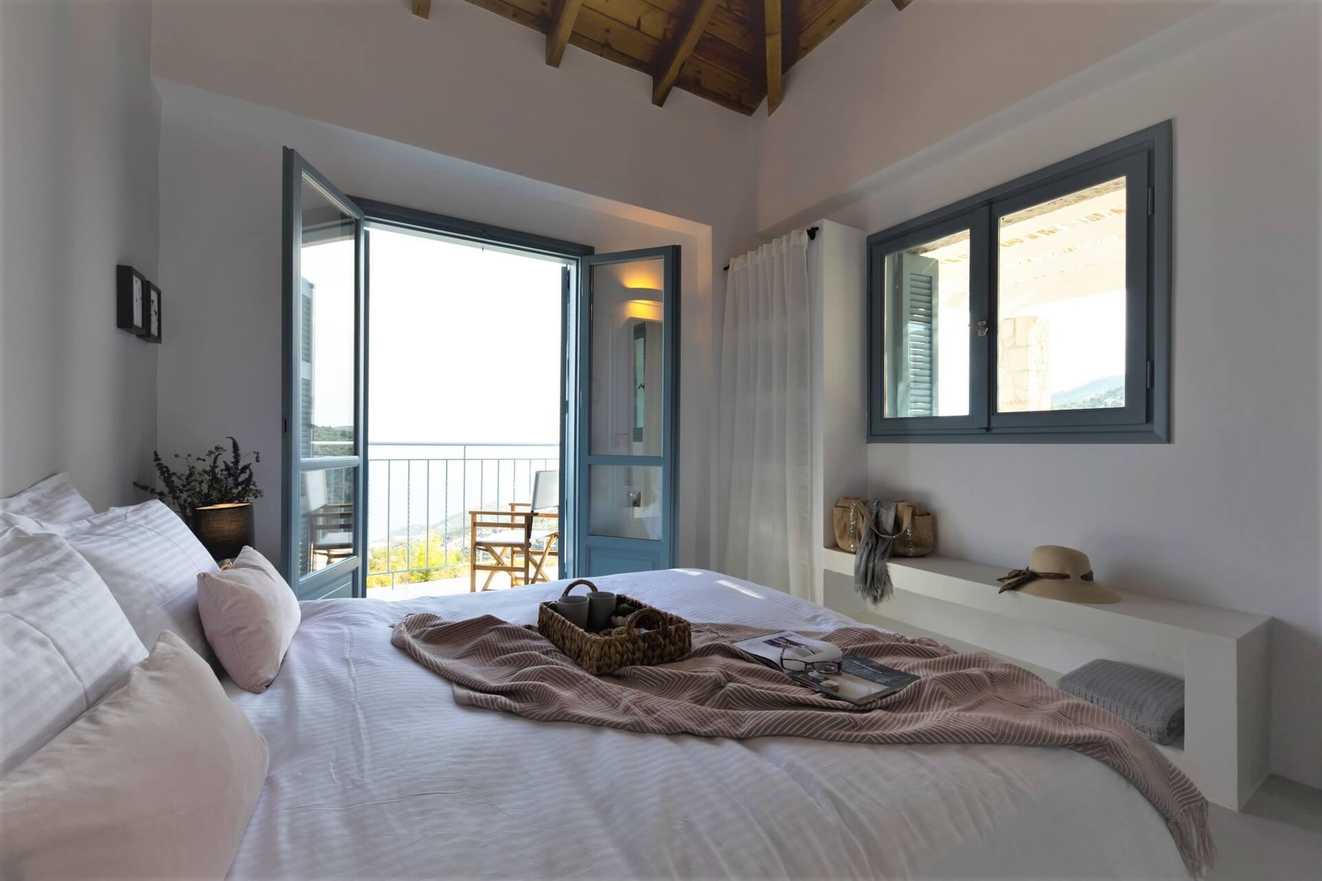 עיצוב וסטיילינג חדר שינה בית נופש יוון