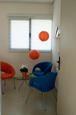 עיצוב חדר טיפולים כחול