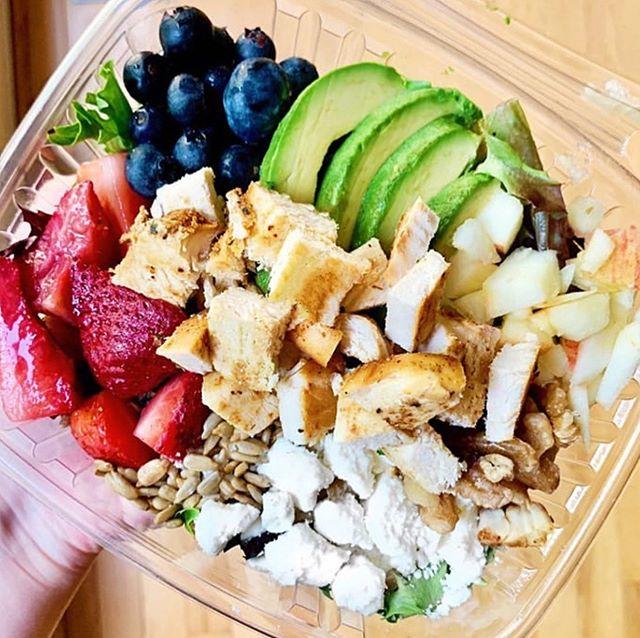 summer salad, chicken, berries, avo