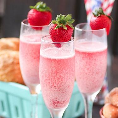 strawberry mimosa.jpg