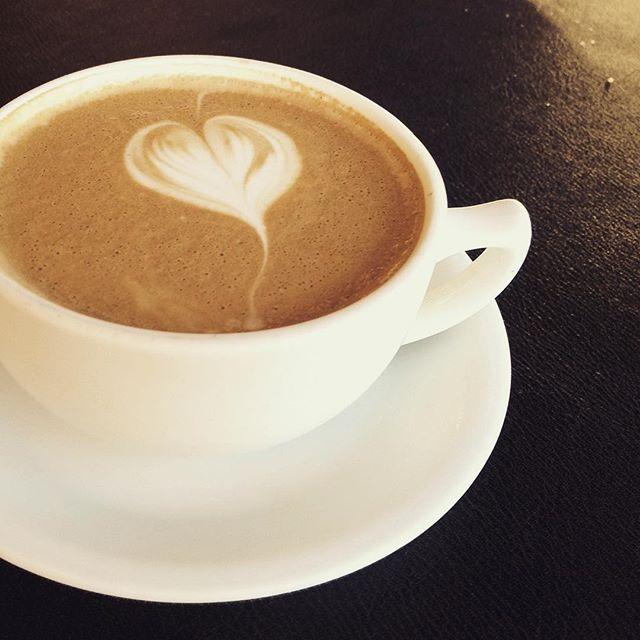 latte, cappuccino, latte art