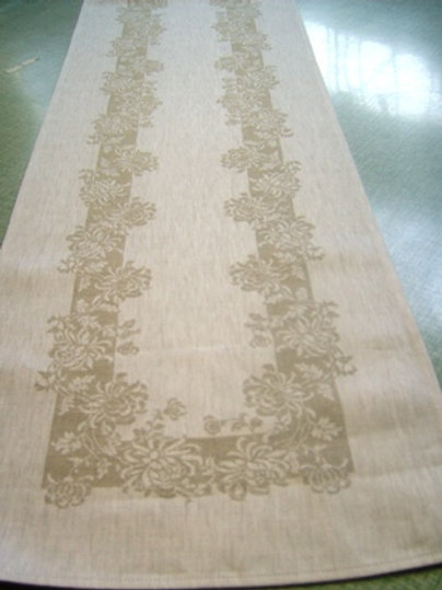 Chrysanthemum - Table Runner