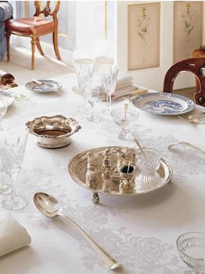 Chrysanthemum - Tablecloth