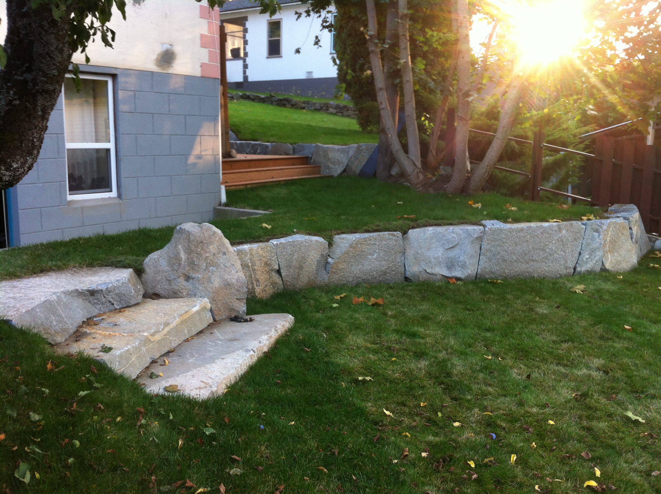 Nelson, Back yard rock bench