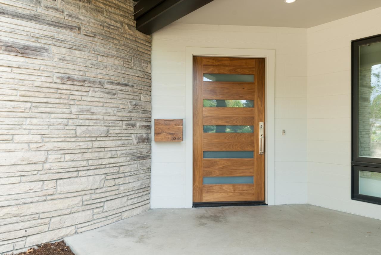 trustile exterior door 1