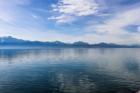 part-lake-geneva-lausanne-switzerland.jp