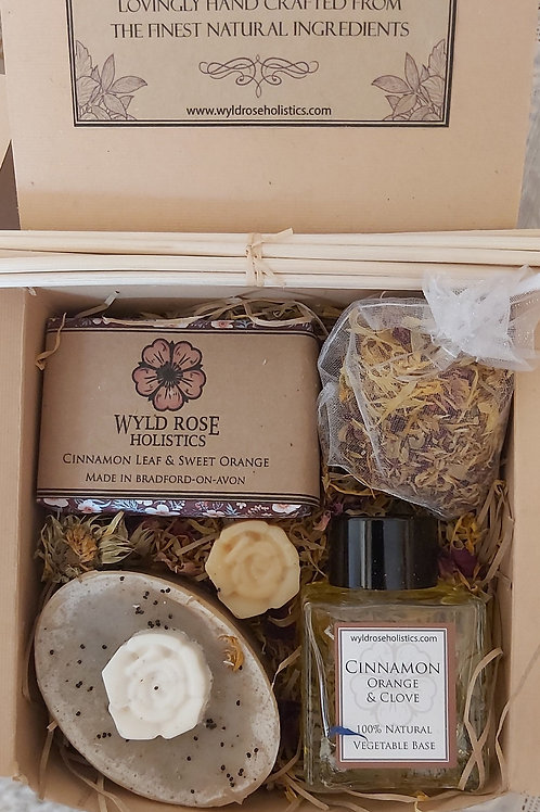 Luxury Aromatherapy Gift Box- Spicy Cinnamon, Orange and Clove