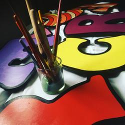 Buchstaben für das Kinderrechte Mobil Illustratorin Vida Sprenger vidART.ch gemalt in Zusammenarbeit