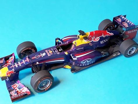 RedBull RB9 2013 S. Vettel