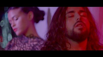 """Caption clip """"Les Vapeurs"""""""