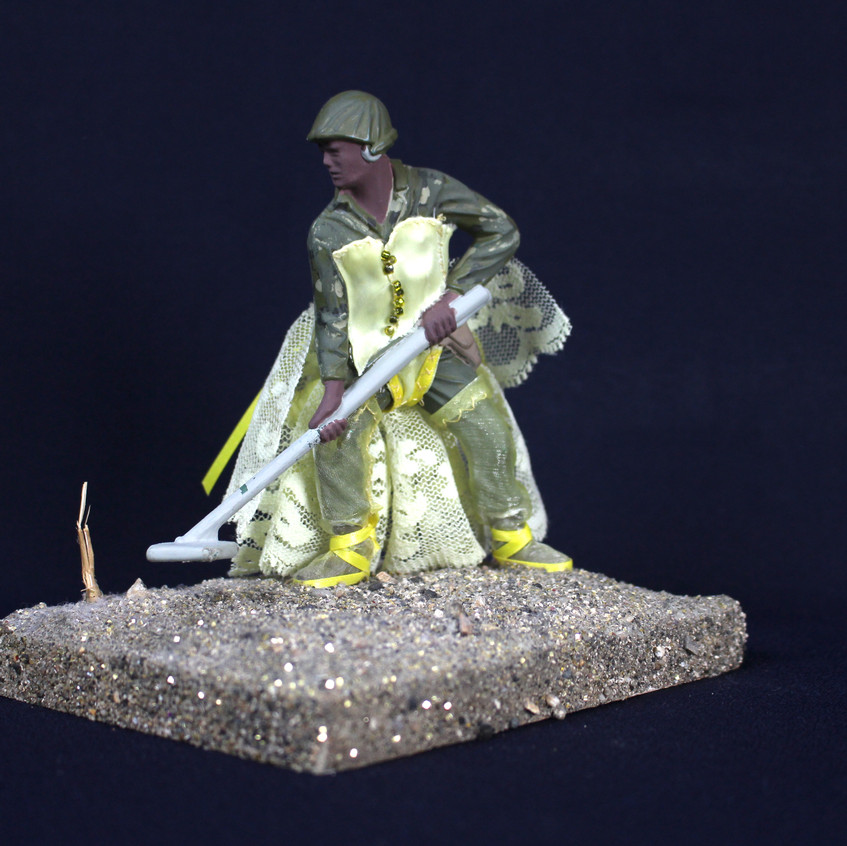 Mine Sweeper (Yellow) - Front Angle