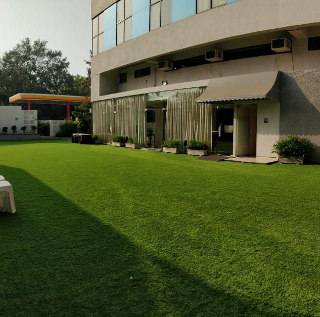 Hera Gardens Banquets- Lawns